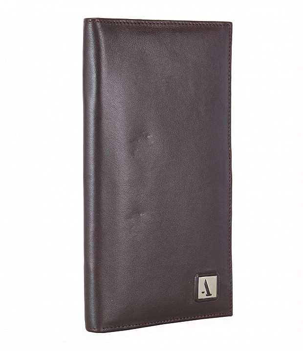 W10-Novio-Travel document wallet in soft Genuine Leather - Brown