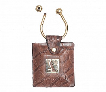 W269--Key holder with knob screw key fitting in Genuine Leather - Brown.