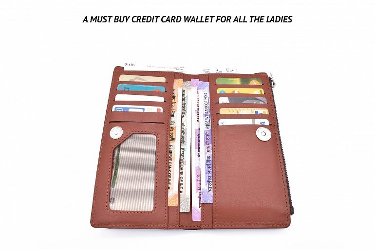 W338-Claudita-Women's wallet with loop and zip closing in genuine leather - Brown / Tan