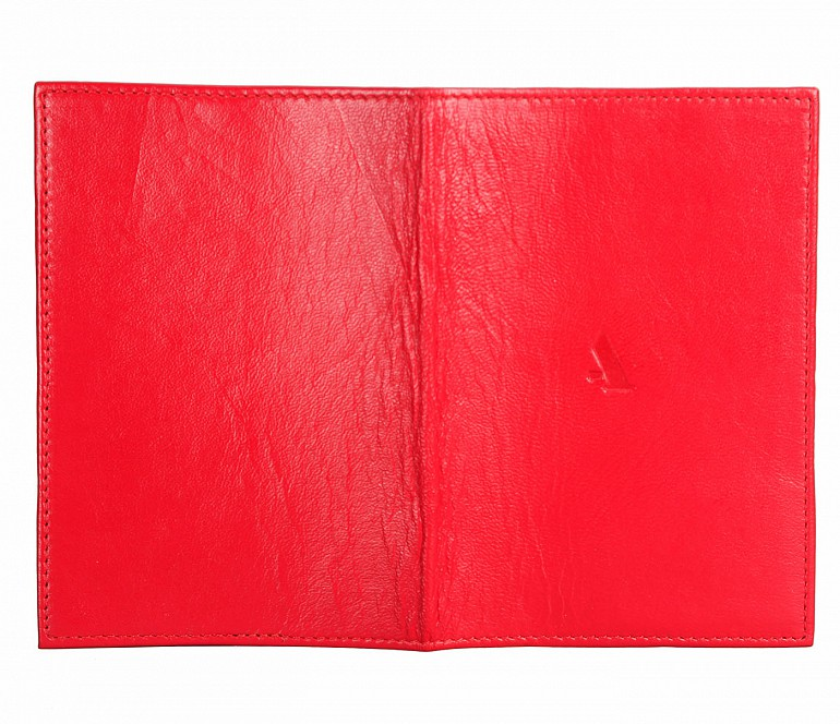 W73--Passport cover in Genuine Leather - Red